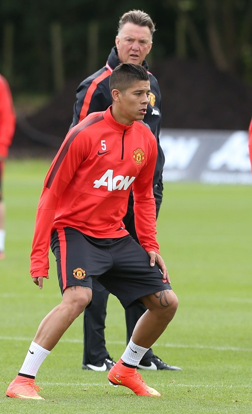 Sheffield United are keen on loaning Manchester United outcast Marcos Rojo in the January transfer window.