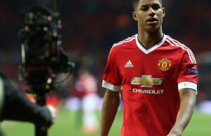 31902B4600000578-3465494-Marcus_Rashford_made_a_name_for_himself_on_his_senior_debut_by_s-m-2_1456490244330