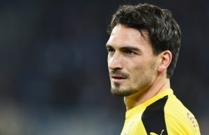 Dortmund's defender Mats Hummels warms up prior to the German first division football Bundesliga match between Hamburg SV and Borussia Dortmund in Hamburg, northern Germany on November 20, 2015. AFP PHOTO / CARMEN JASPERSEN  RESTRICTIONS: DURING MATCH TIME: DFL RULES TO LIMIT THE ONLINE USAGE TO 15 PICTURES PER MATCH AND FORBID IMAGE SEQUENCES TO SIMULATE VIDEO.  ==RESTRICTED TO EDITORIAL USE == FOR FURTHER QUERIES PLEASE CONTACT THE DFL DIRECTLY AT + 49 69 650050.CARMEN JASPERSEN/AFP/Getty Images