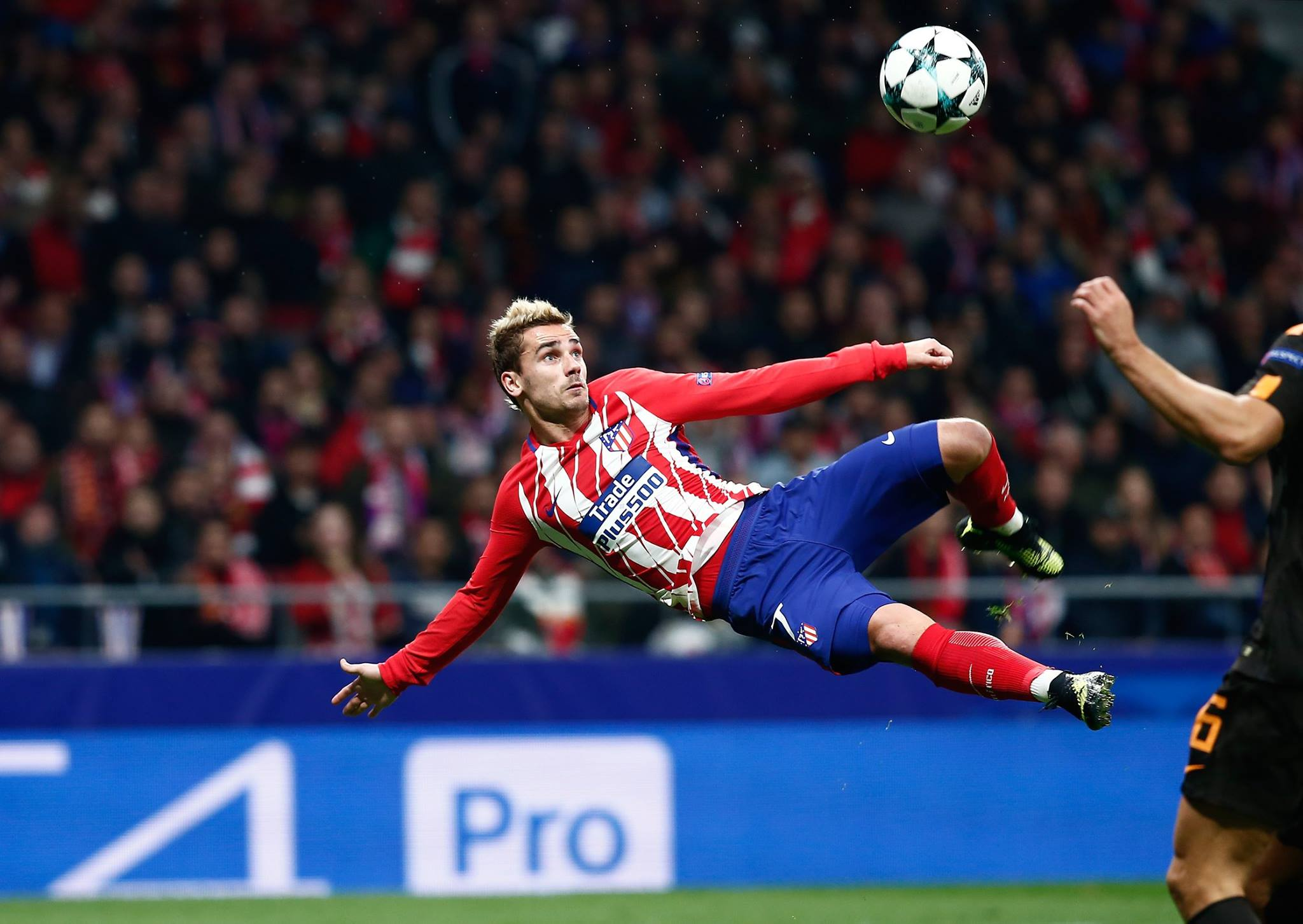 Simeone would sanction Griezmann sale