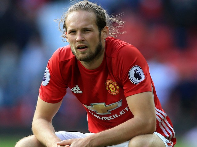 Edwin van der Sar hails Daley Blind as Ajax move draws closer