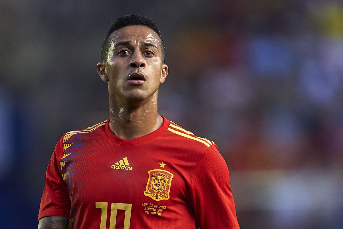 Thiago would be a smart signing for Manchester United