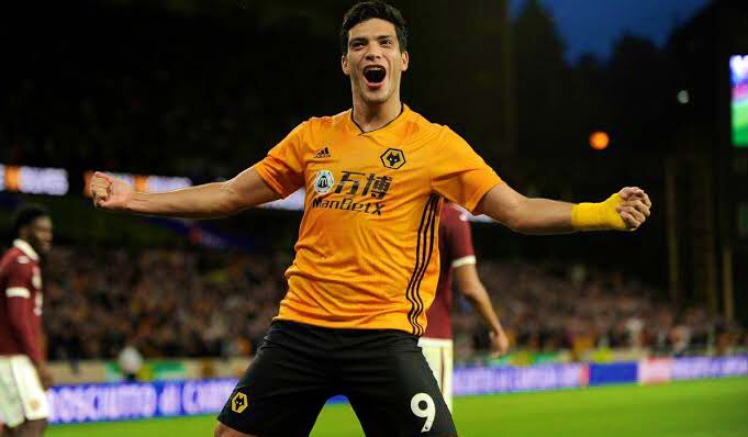 Manchester United could sign Raul Jimenez for £18million