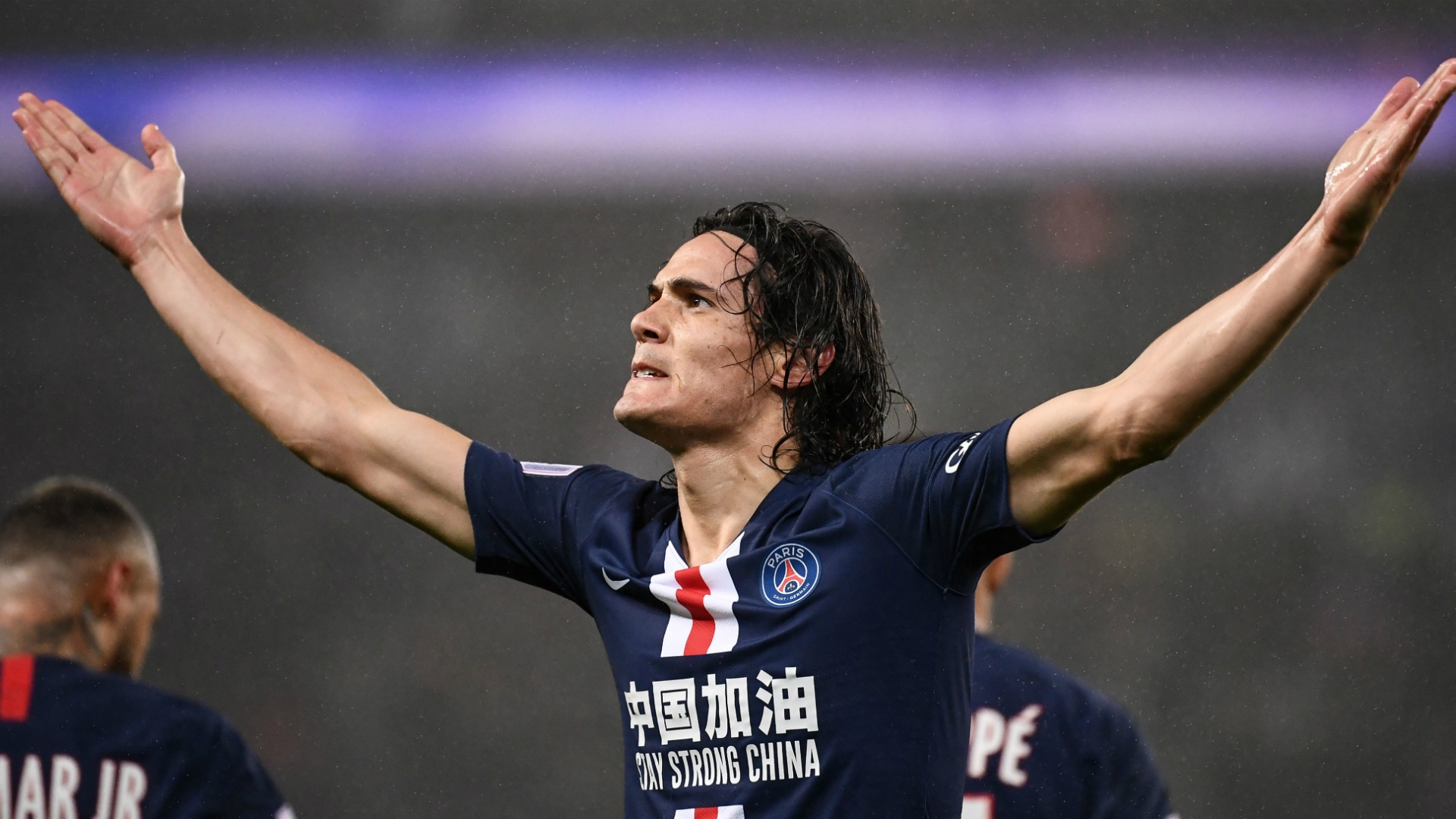 Edinson Cavani has agreed personal terms with United