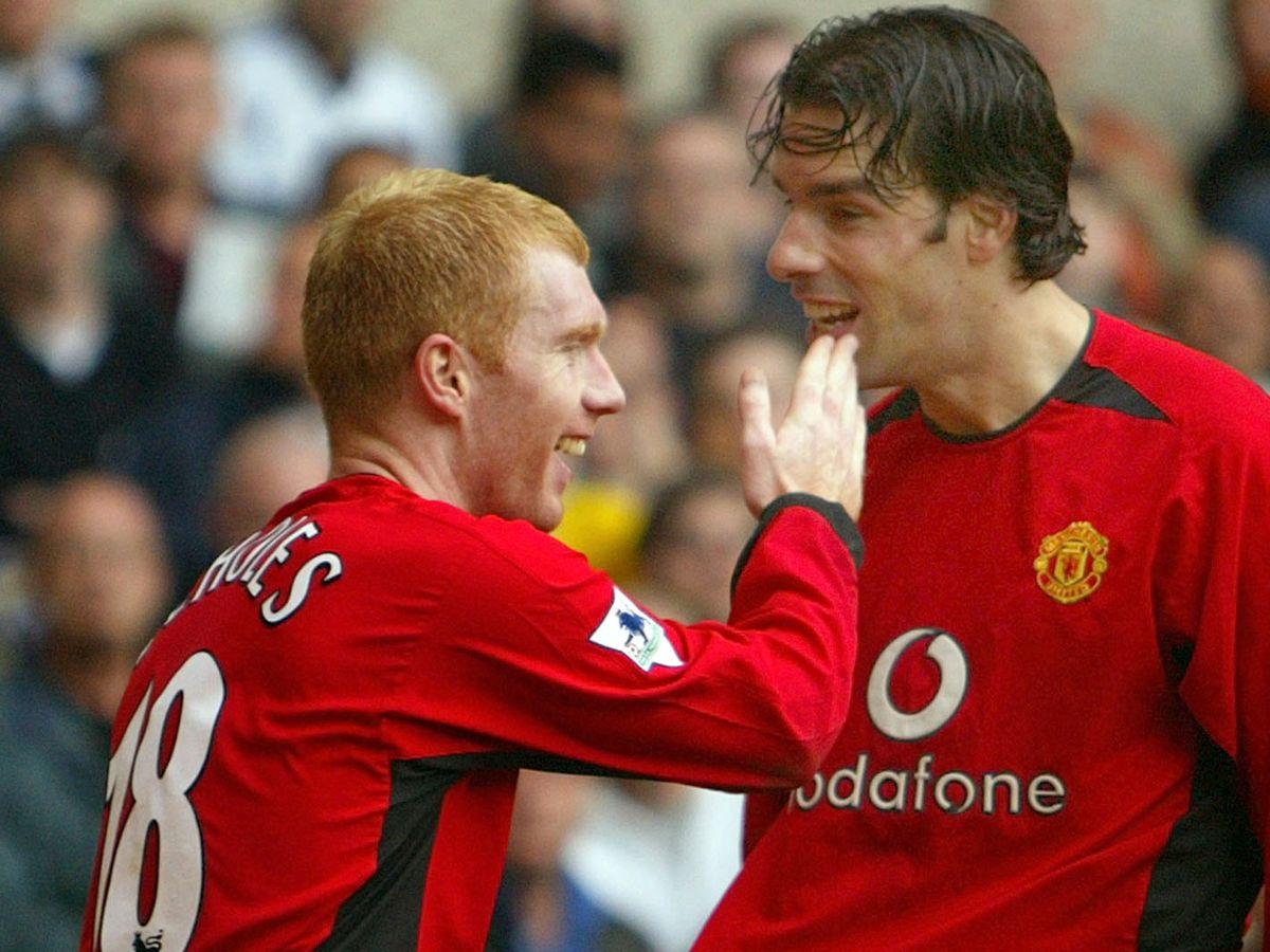 Waune Rooney has praised Manchester United legend Paul Scholes