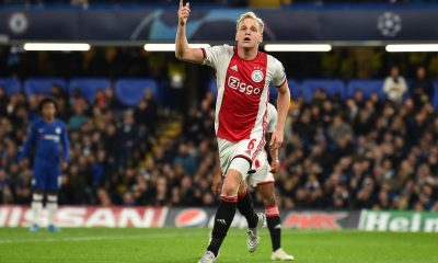 Donny van de Beek celebrates after scoring against Chelsea