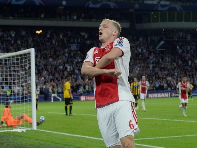 Donny van de Beek is linked to Manchester United
