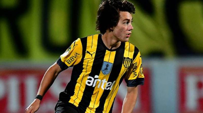 Manchester United signed Facundo Pellistri from Penarol