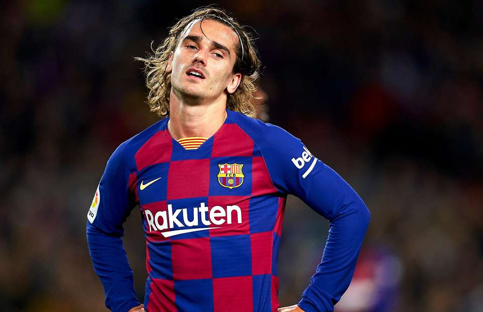 Barcelona could sell Antoine Griezmann amidst interest from Manchester United