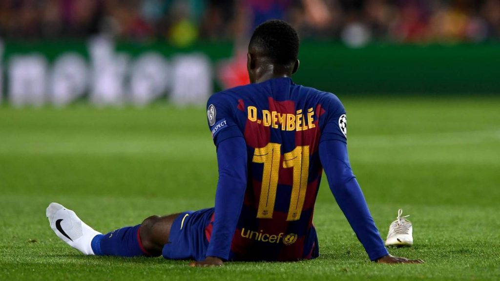 According to Transfer Window expert, Fabrizio Romano, Manchester United have not made a move to sign Barcelona winger Ousmane Dembele