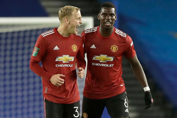 Tim Sherwood has accused Manchester United manager Ole Gunnar Solskjaer of making a poor decision in keeping Fred on.