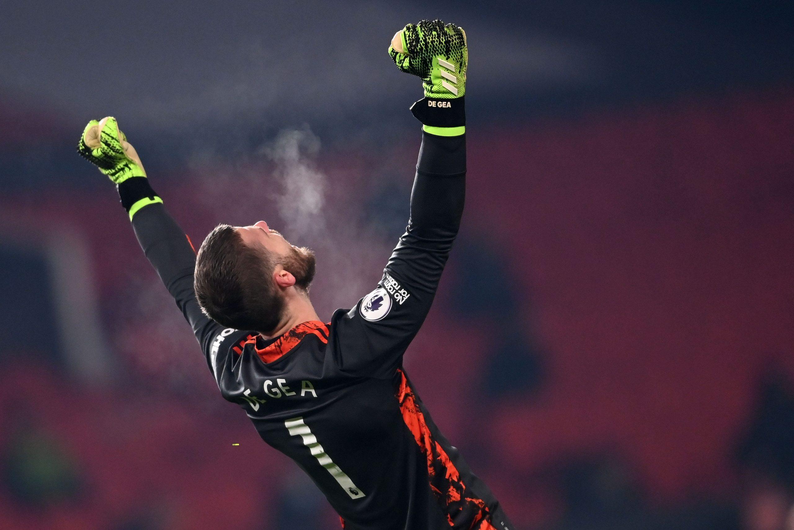 David de Gea wants Manchester United fans to remain calm as Premier League title dreams gain pace. (GETTY Images)